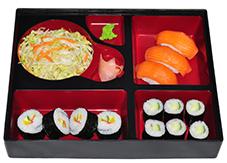 B10. Salát, 3 ks nigiri, 6 ks maki, 4 ks futo maki - 189 Kč