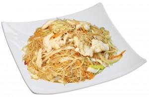 M1. Smažené rýžové nudle s kuřecím masem - 85 Kč