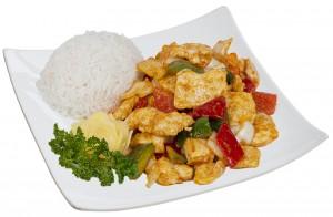 M21. Kuře po Thajsku, rýže - 95 Kč
