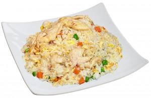 M5. Smažená rýže s kuřecím masem - 79 Kč