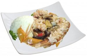 M54. Sépie s bambusem a houbami, rýže - 109 Kč