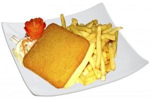 M60. Smažený sýr, salát, hranolky - 89 Kč